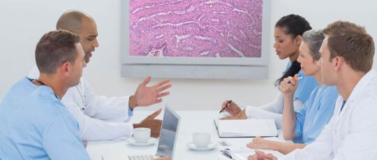 Digital Pathology Screen Medical Professionals